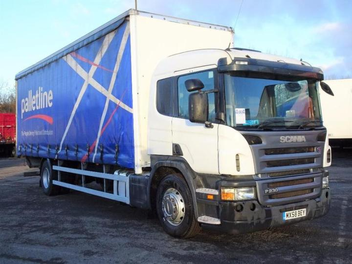 A M Commercials Ltd S 18 Tonne Scania P230 Curtain Side For On Hgvtraders Com