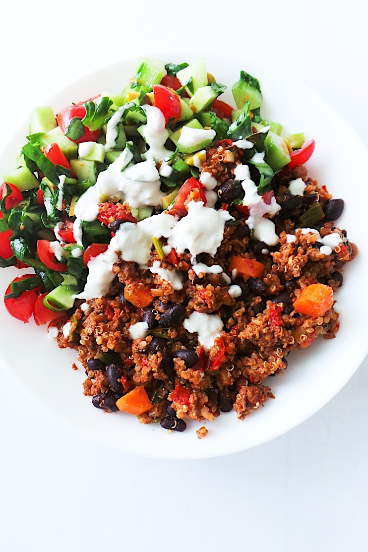 Healthy Ground Beef Quinoa And Salad Bowl Recipe Her Highness Hungry Me
