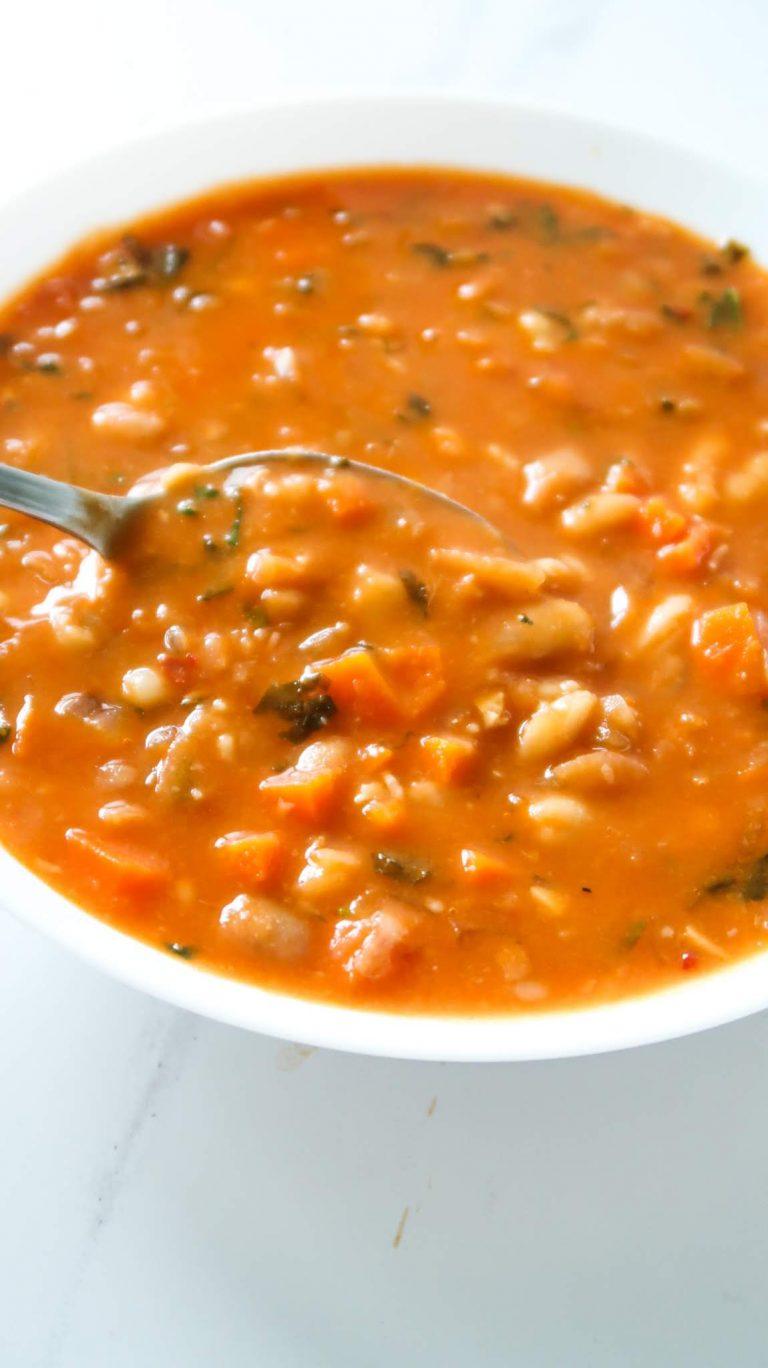 Simple bean soup recipe - easy vegan dinner idea