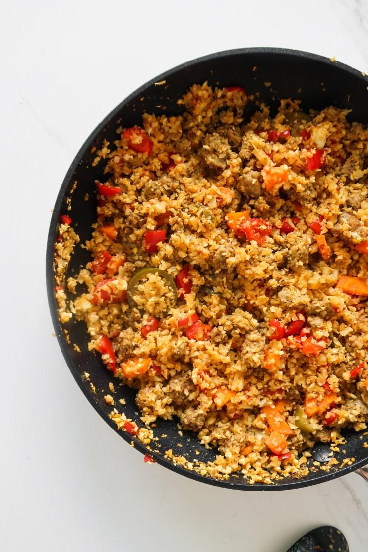 spicy cauliflower rice with ground turkey - high protein low carb meals