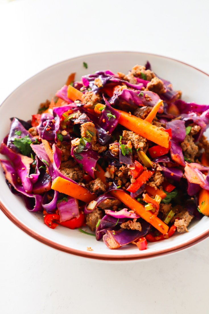 Healthy ground beef cabbage stir-fry! This is such an easy delicious healthy dinner idea with ground beef and cabbage that is gluten, dairy-free and low carb! This super easy red cabbage stir-fry is full of flavor and ready in just 15 minutes.