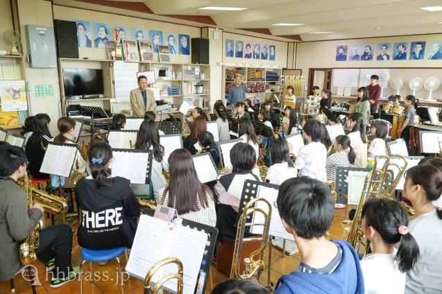 高丘小にて2度目の音楽教室を開催