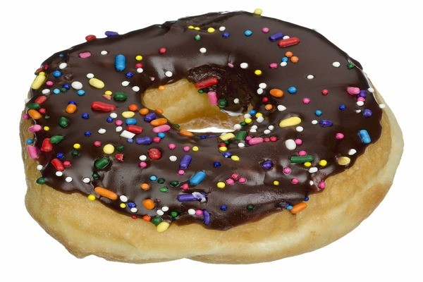 10 FOODS TO AVOID THAT CAUSE HIGH BLOOD PRESSURE donut 522444 1920