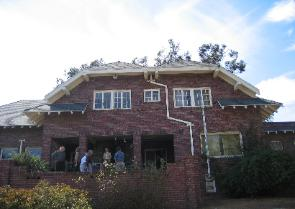 house_front-295x209