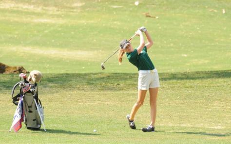 Girls golf team struggles to win