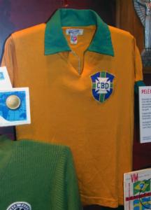 Camisa usada por Pelé na Copa do Mundo de 1958 / Foto: National Football Museum