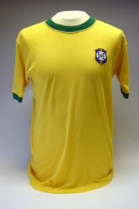 Camisa usada por Rivelino na final da Copa do Mundo de 1970, no México / Foto: National Football Museum