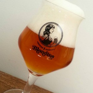 hi-mundim-beer-festival-blondine2