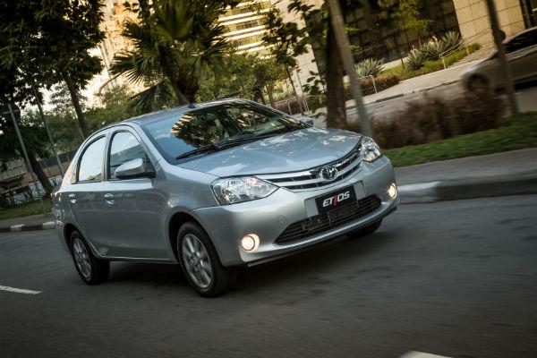 Hi-Mundim-Toyota-etios5