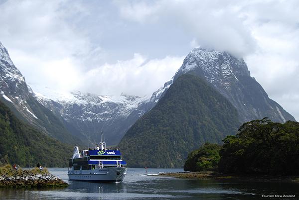 terramedia_milfordsoundfiordland_bytourismnewzealand