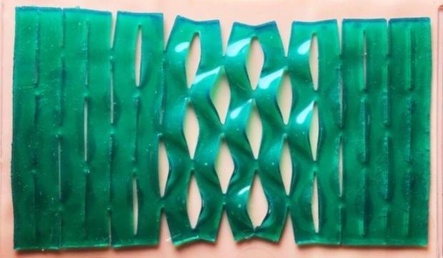 Киригами создаст универсальные клейкие пластыри