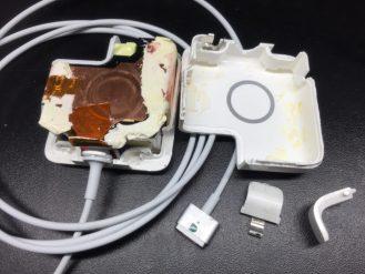 Замена провода magsafe на зарядке Macbook. Срочный ремонт Apple в Москве