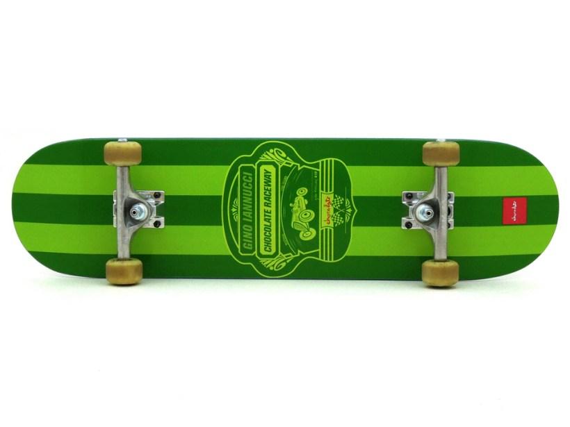 スケボー 初心者 通販 スケートボード デッキの選び方 コンプリートデッキ 太め サイズ 安定感 トラックの幅 8インチコンプリートデッキ