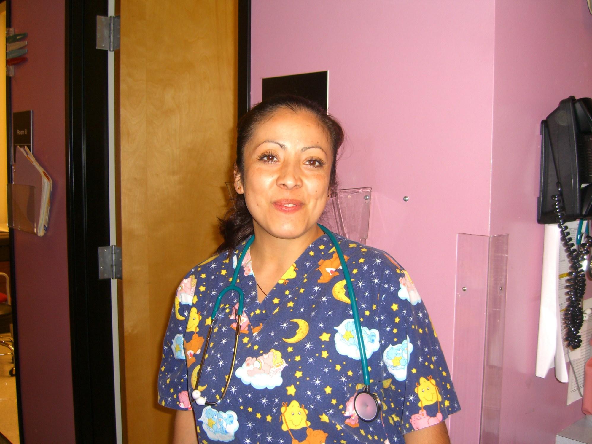ENFERMERA SANTA ROSA SBS 2005 041