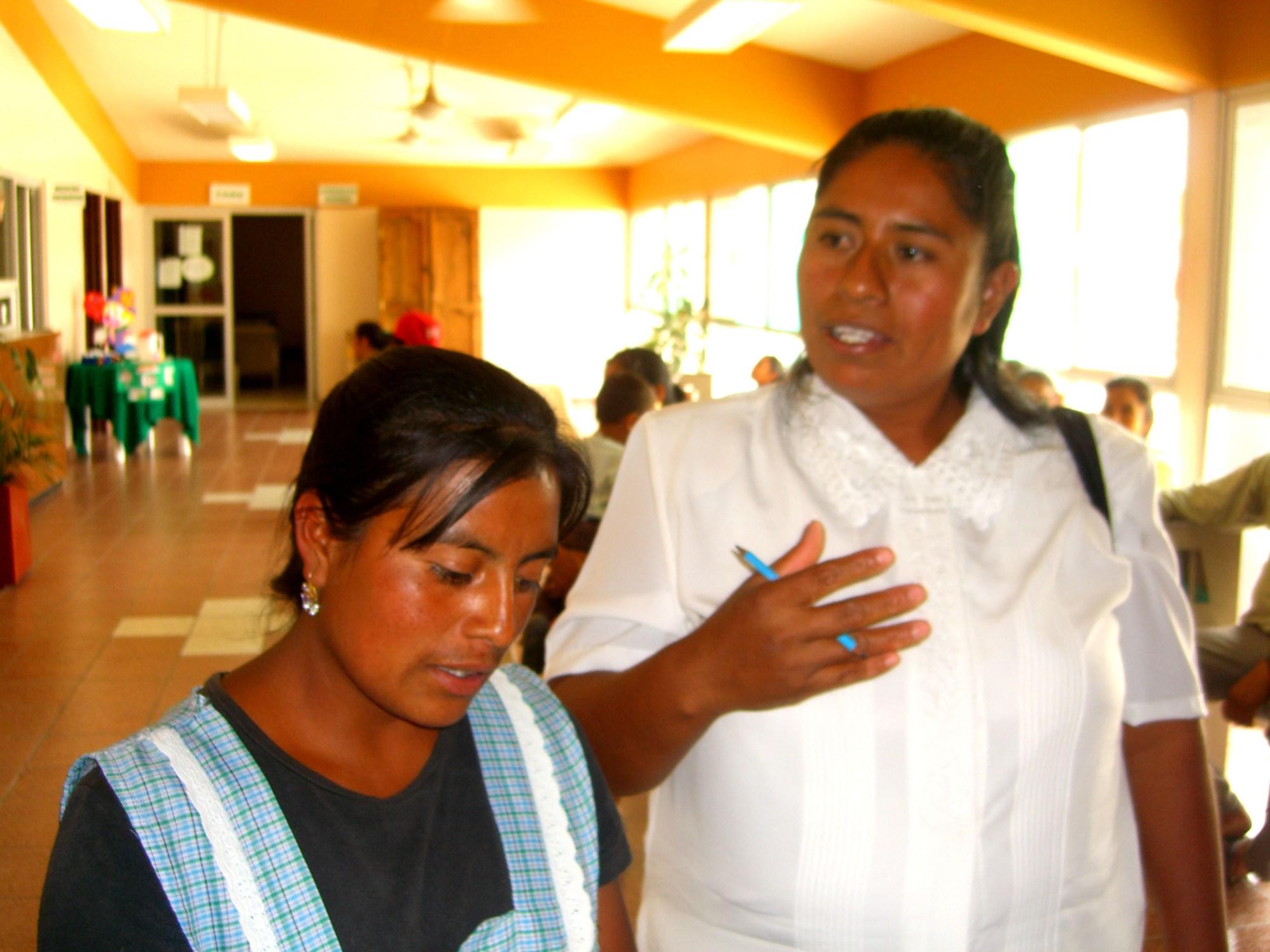 promotoras hospital Oaxaca 2006 064