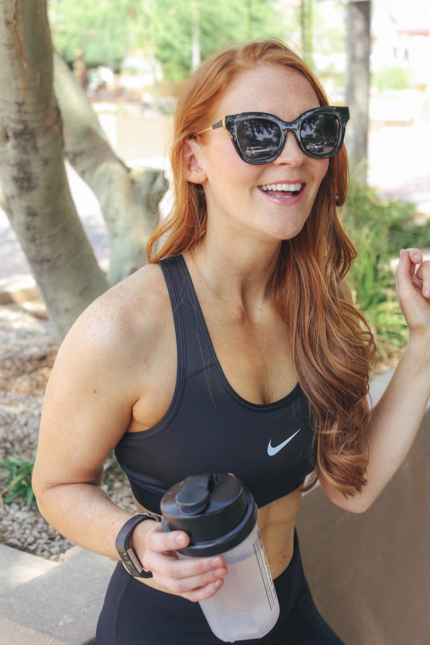 trendy fitness blogger that has 4 tips to lose weight