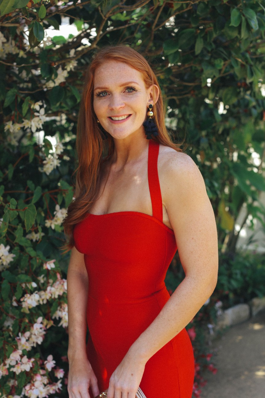 Your once stop shop for a sexy red dress , fashion blogger