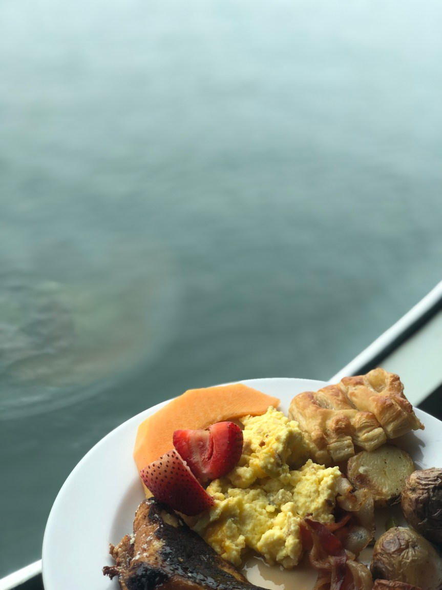 Hornblower cruise brunch food