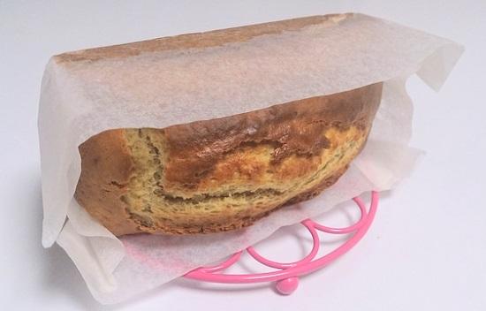 パウンドケーキの側面をへこませない