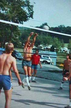 Photo-Volleyball2_Old