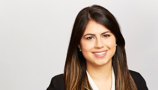 Sarah Iaconis Bio Photo