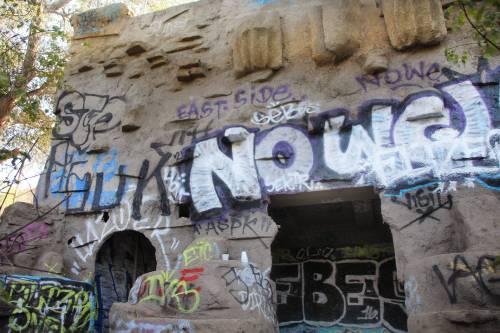 Old L.A. Zoo hidden California