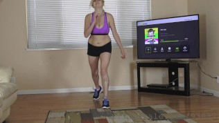 My Sister Working Out In Front Of The Tv Hidden Cam Spying Her Naked