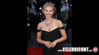 Scarlett Johansson Completely Nude Real Pictures