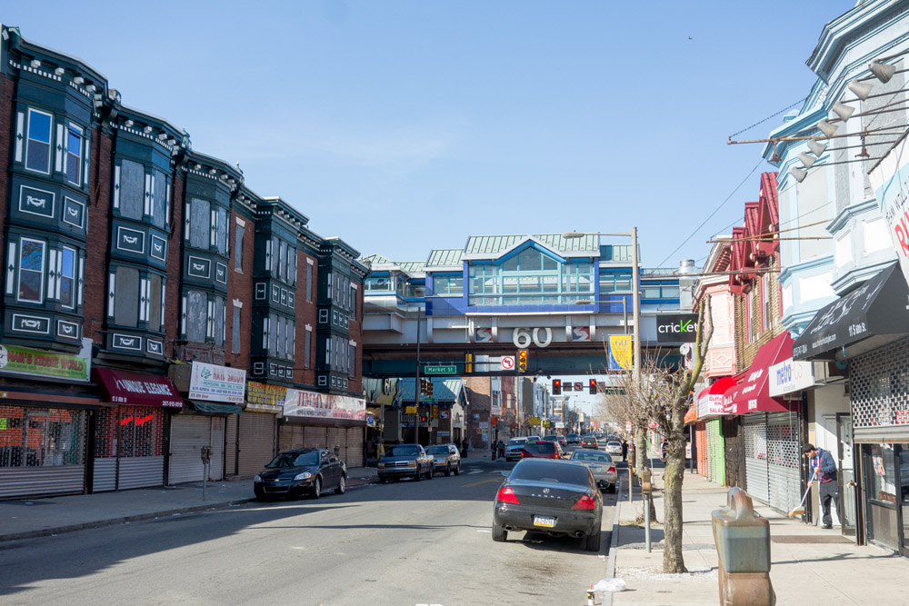 https://i2.wp.com/hiddencityphila.org/wp-content/gallery/theresa-60th-street/S.-60th-Street-looking-north-to-the-Market-Frankfor-El-Station.jpg