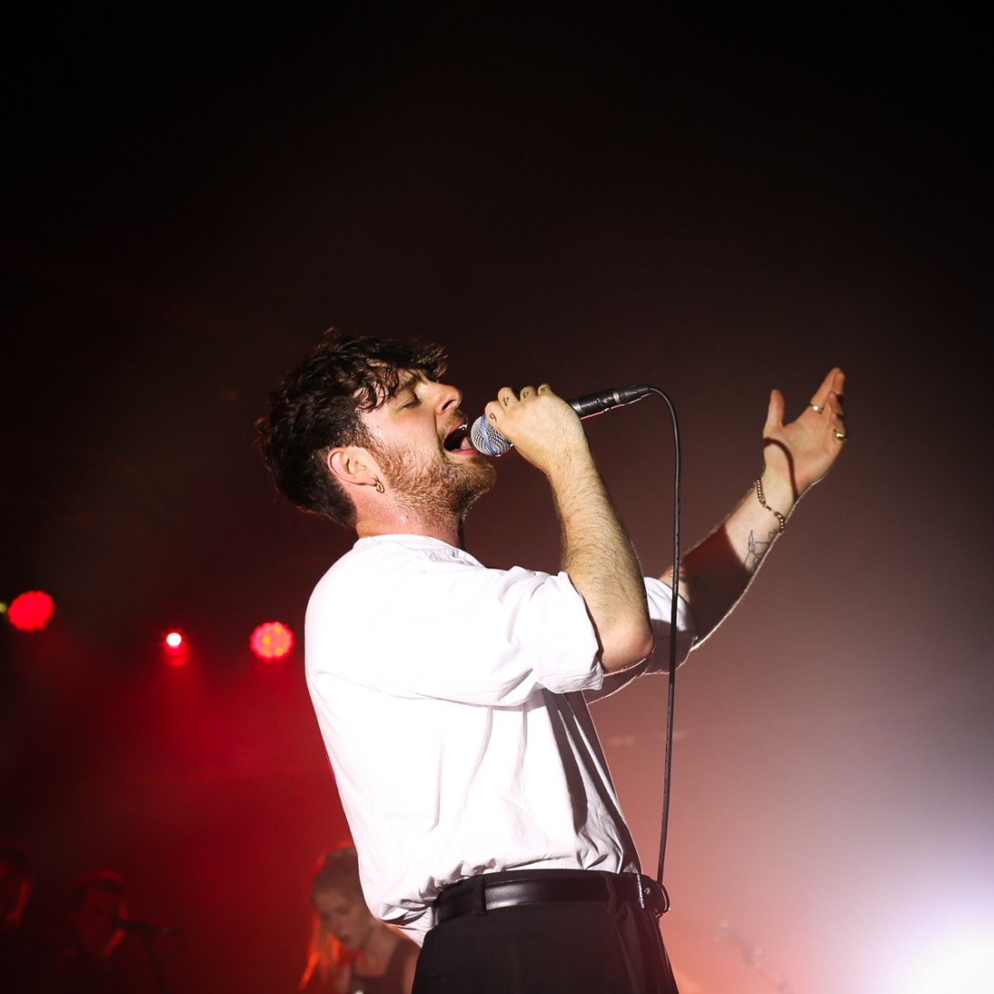 Photo of Tom Grennan featured on Hidden Herd new music blog