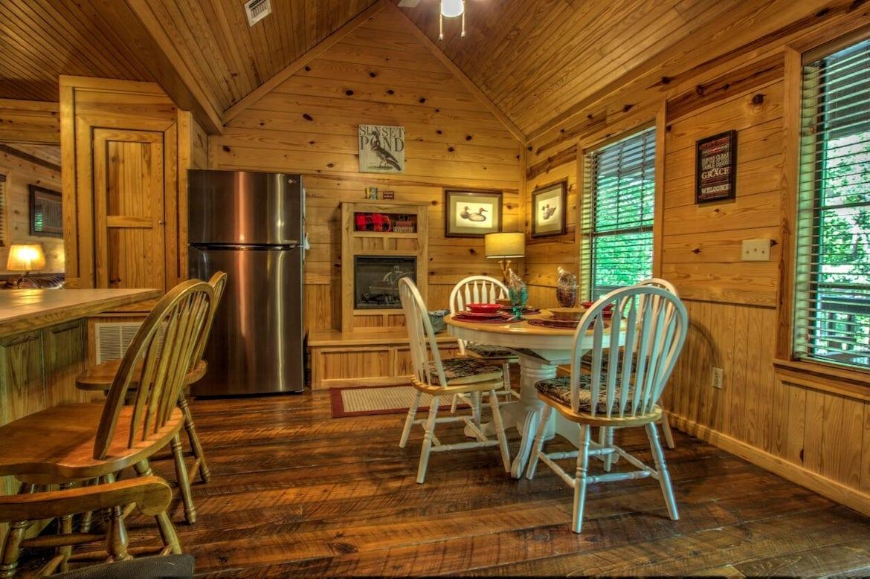 Sunset Ridge Cabin In Broken Bow OK Sleeps 4 Hidden