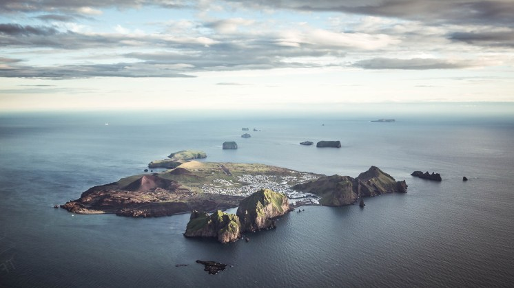Westman Islands | Hidden Iceland | Photo by Norris Niman
