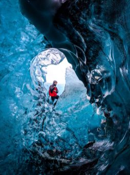 Blue Diamond Ice Cave | Ice Cave Tour | Hidden Iceland | Photo by Magnús Snæbjörnsson
