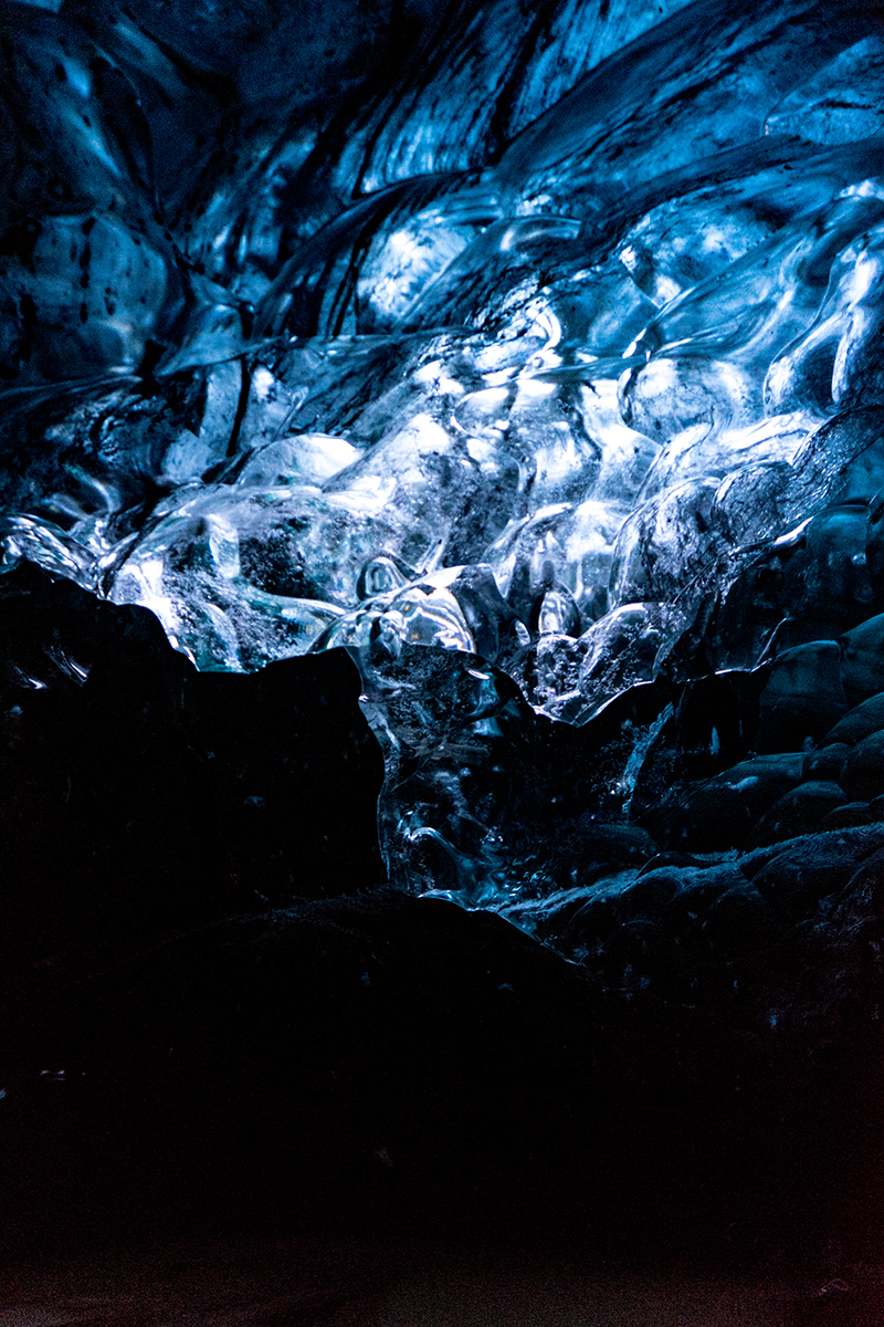 Blue Dragon Helicopter Ice Cave Tour | Hidden Iceland | Photo by Scott Drummond