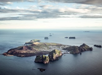 View over the Westman Islands. Hidden Iceland. Photo Norris Nimas