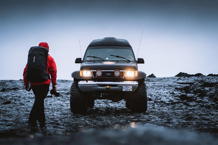 Blue Diamond Ice Cave 2020 | Local Guide + Hidden Iceland | Photo by Elliot J Simpson