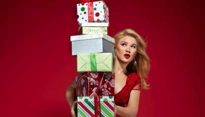 Kelly Clarkson Christmas Eve.Kelly Clarkson Announces New Christmas Song River Rose Book