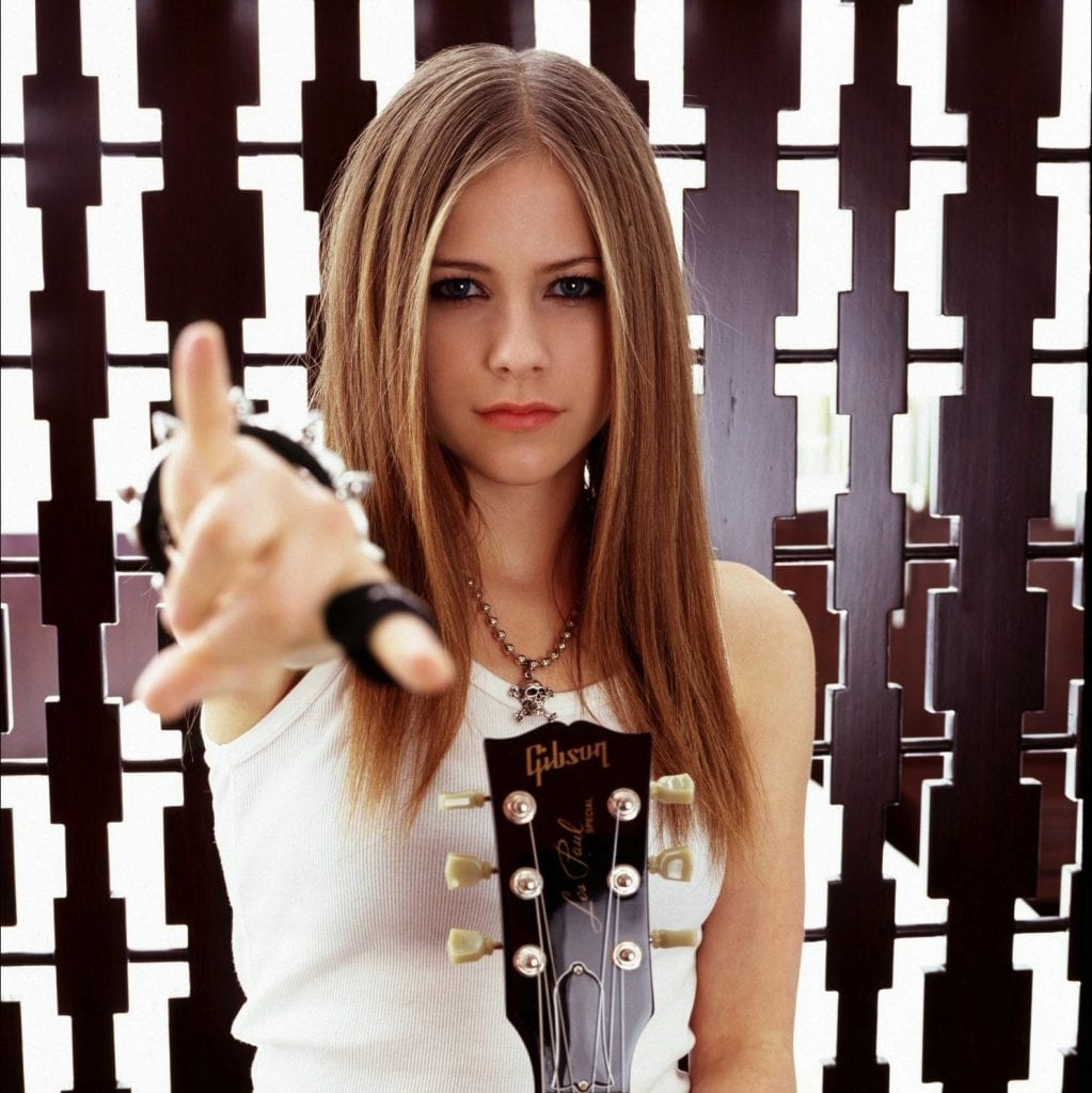 Avril Lavigne 2002 LG