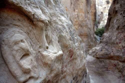 mushroom caves/annie's canyon hidden san diego