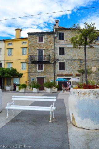 Bank in der Altstadt von Piran