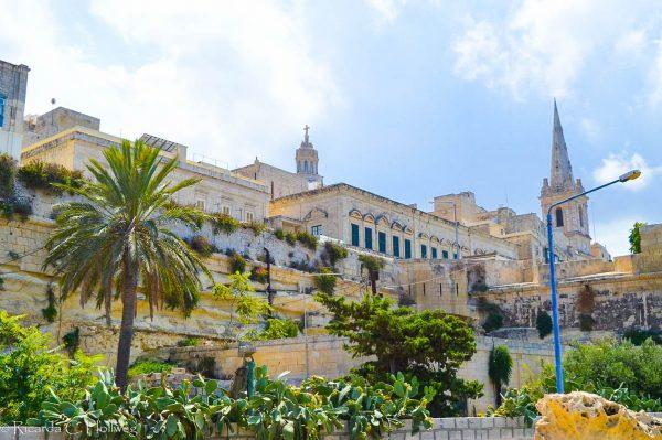 Valletta von unten gesehen