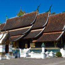 Wat Xieng Thong von der Seite