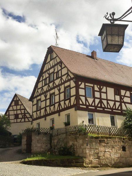 Fachwerkhäuser um die Cadolzburg