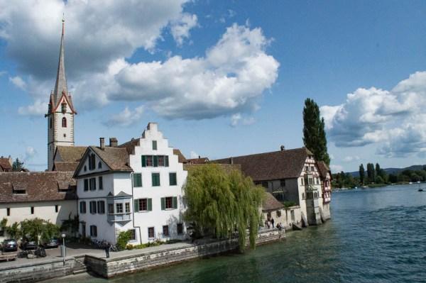 Stein am Rhein vom Fluss aus gesehen