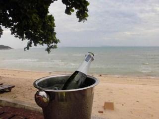 Sektkübel bei Hochzeit am Lipa Noi Beach
