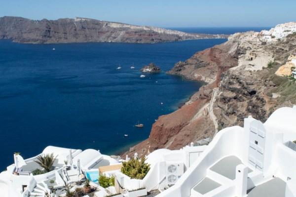 Oia, Santorin, und das blaue Meer