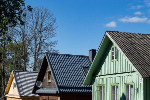 wooden houses in Trakai