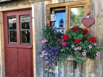 Door in front of Boarhof