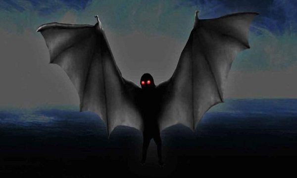 Мъж разказва, че като дете е отвлечен от крилат хуманоид – Мотман