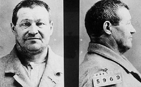Странната история на Адолф Луетгер – кралят на колбасите в Чикаго